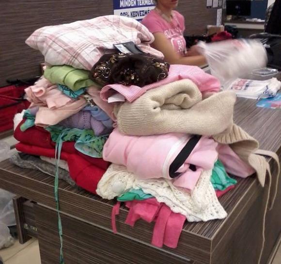 használt ruha vásárlás eredménye