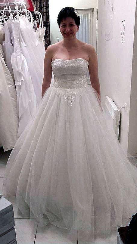 Esküvői ruha 10