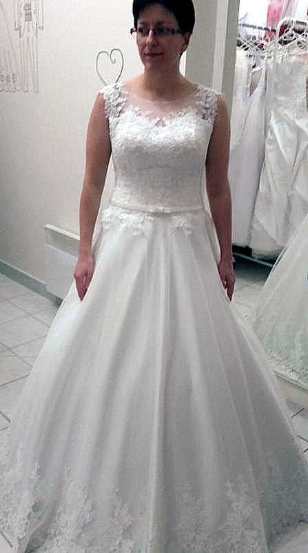 Esküvői ruha 15