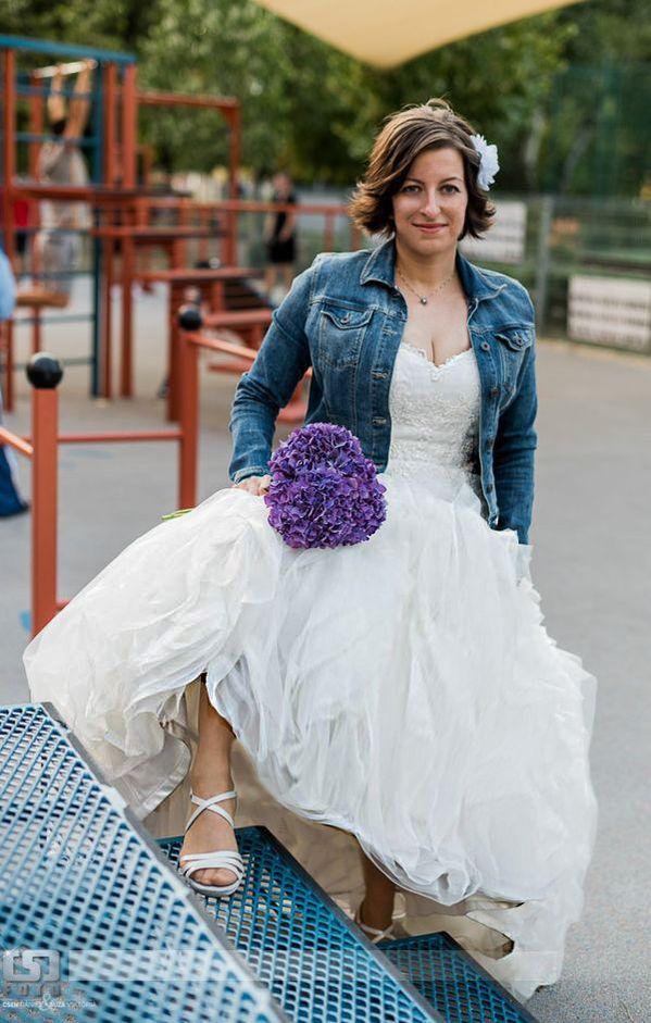 Esküvői ruha esküvőn 3