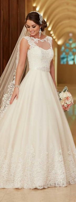 esküvői ruhák színe (11)