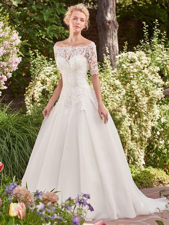 esküvői ruhák színe (4)