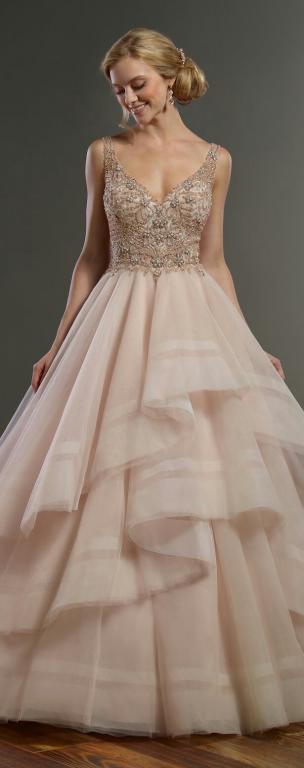 esküvői ruhák színe (7)